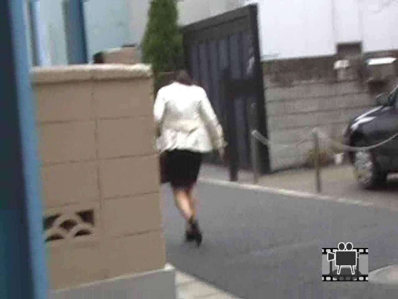 スカートめくって逃げる OLエロ画像 | 0  110PICs 109