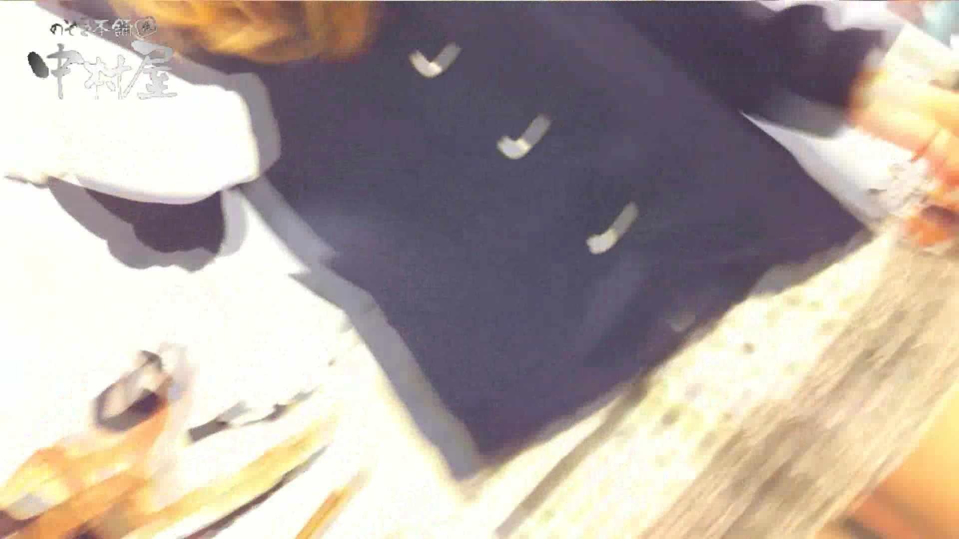 vol.66 美人アパレル胸チラ&パンチラ 店員さんのパンツはストライプ チラ | OLエロ画像  87PICs 56