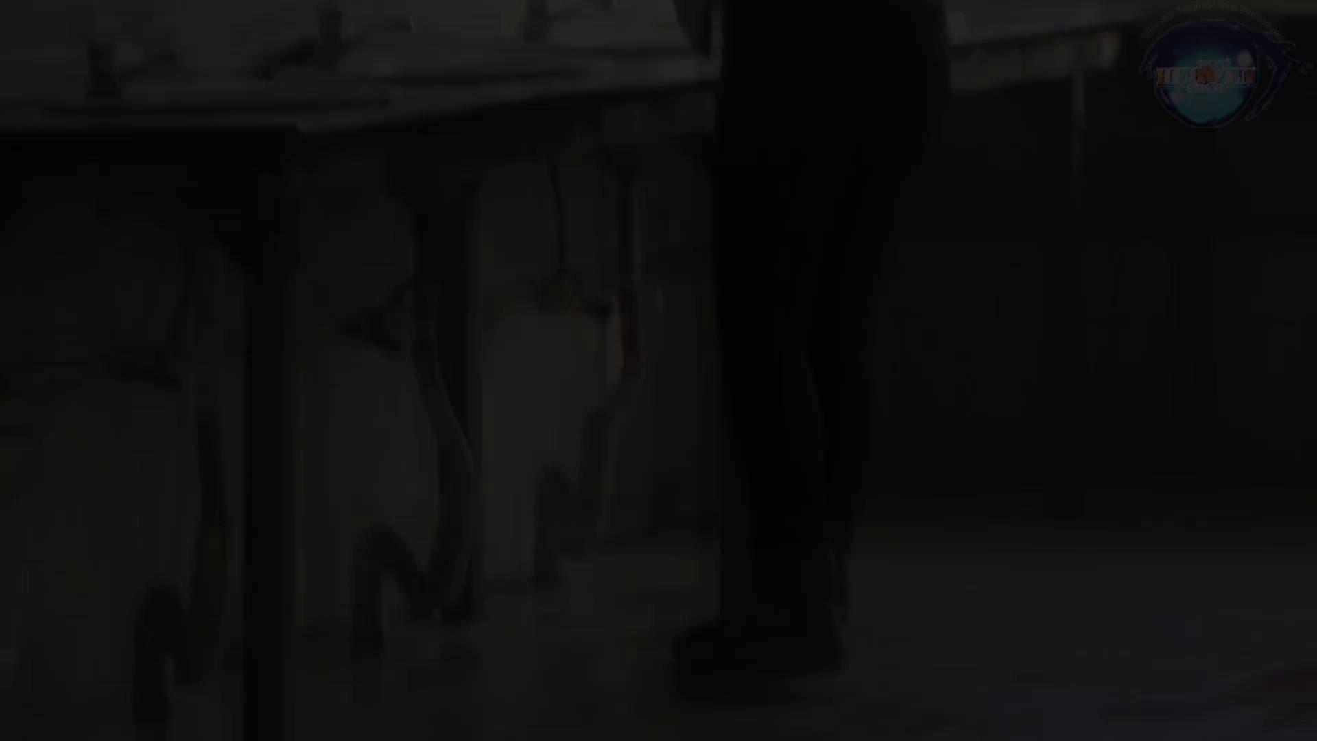 GOD HAND 芸術大学盗撮‼vol.60 投稿   盗撮  88PICs 1