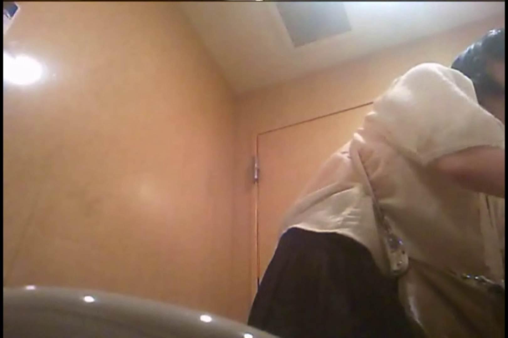 潜入!!女子化粧室盗撮~絶対見られたくない時間~vo,128 潜入 のぞき動画画像 99PICs 22