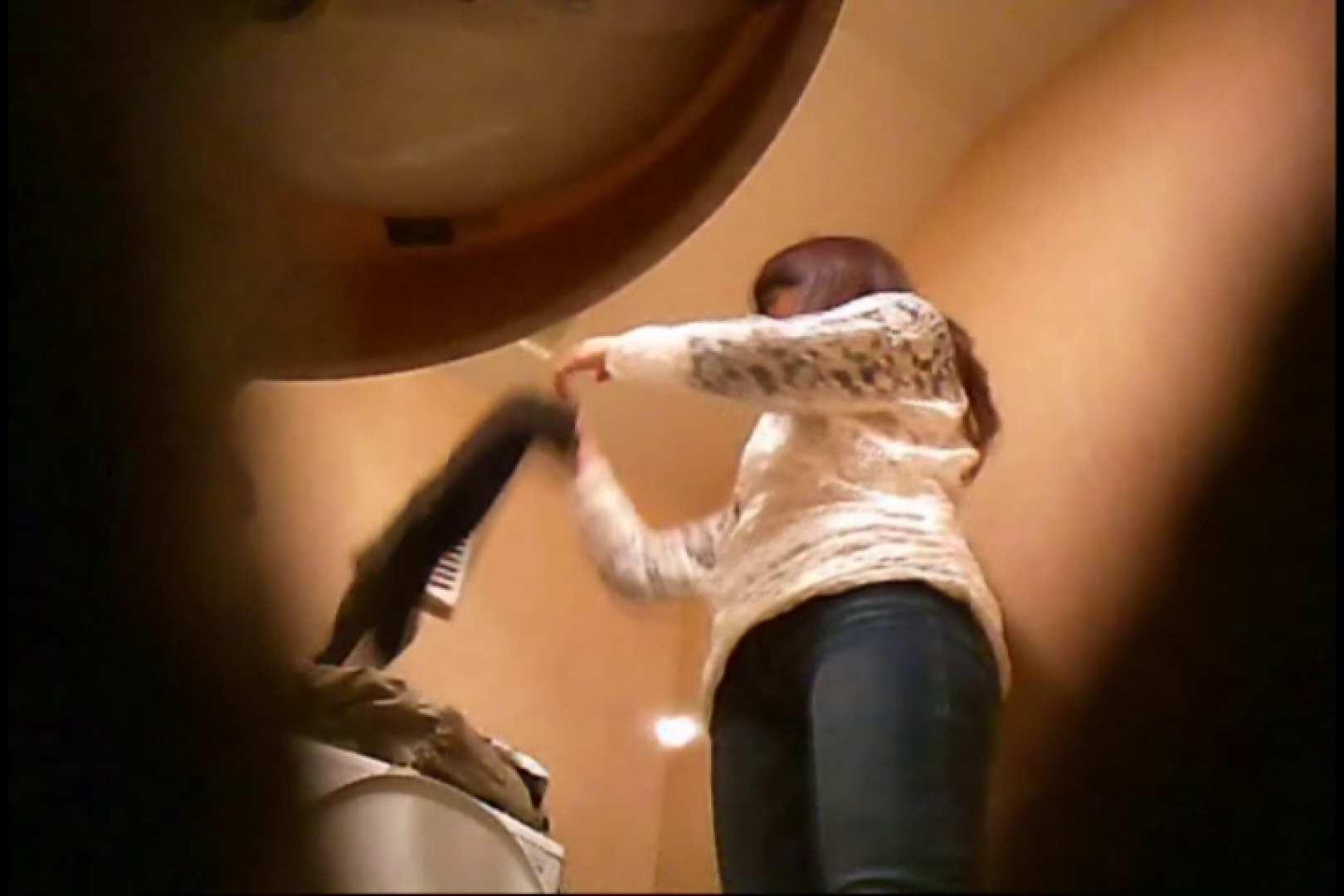 潜入!!女子化粧室盗撮~絶対見られたくない時間~vo,17 丸見え のぞき動画画像 82PICs 39