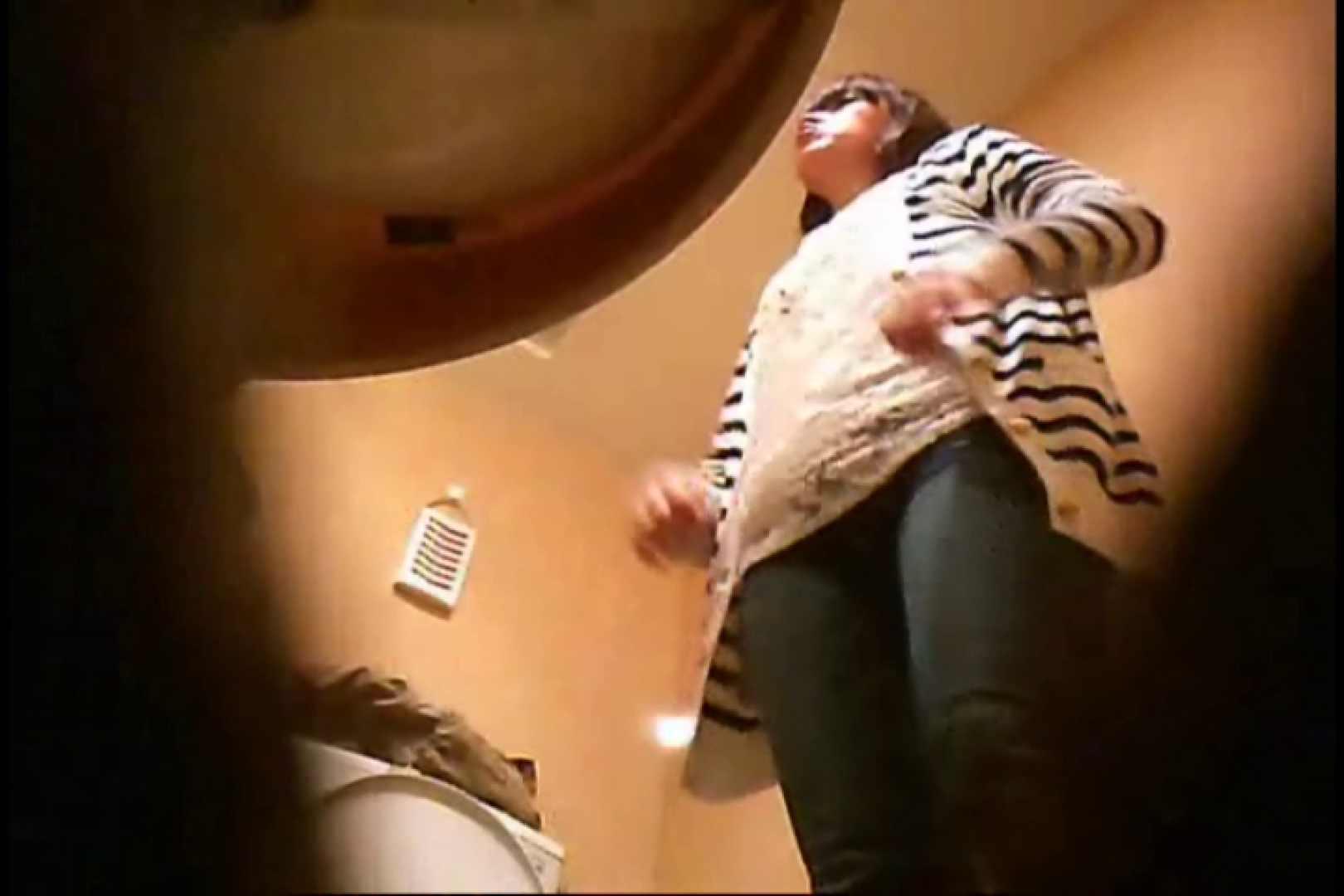 潜入!!女子化粧室盗撮~絶対見られたくない時間~vo,17 盗撮 AV動画キャプチャ 82PICs 42