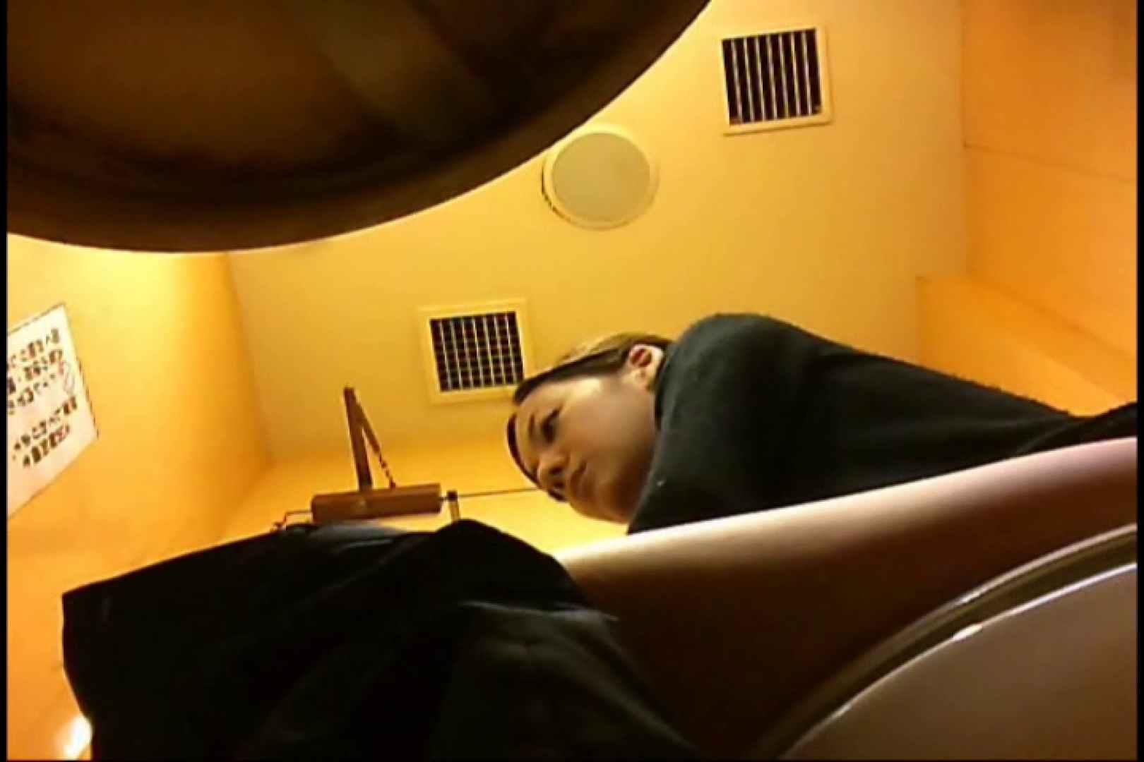 実録!魂の女子化粧室盗撮!!~隠れ潜む特殊カメラ~vo,30 美女エロ画像  100PICs 69