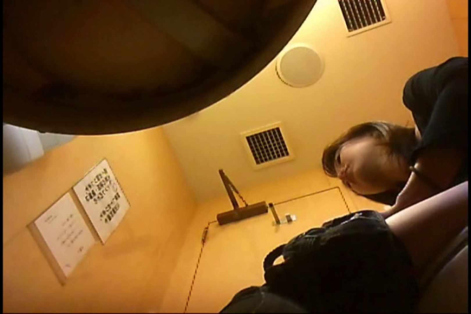 実録!魂の女子化粧室盗撮!!~隠れ潜む特殊カメラ~vo,32 盗撮  49PICs 20