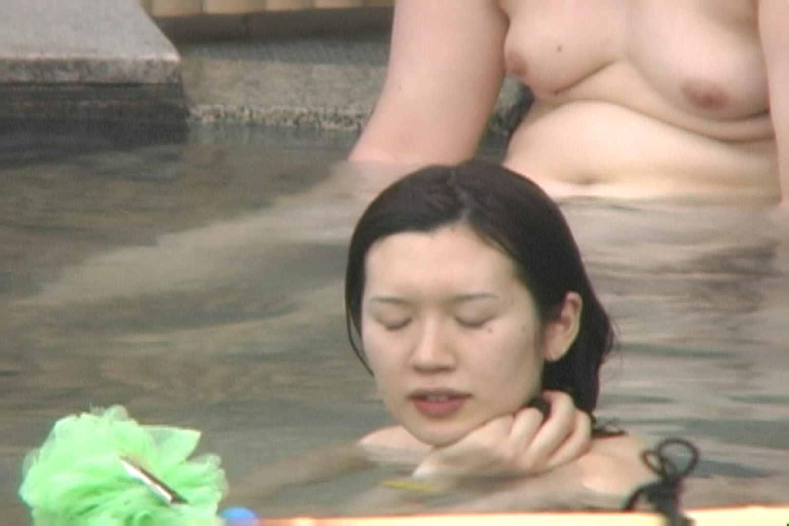 高画質露天女風呂観察 vol.010 露天   女風呂  107PICs 64