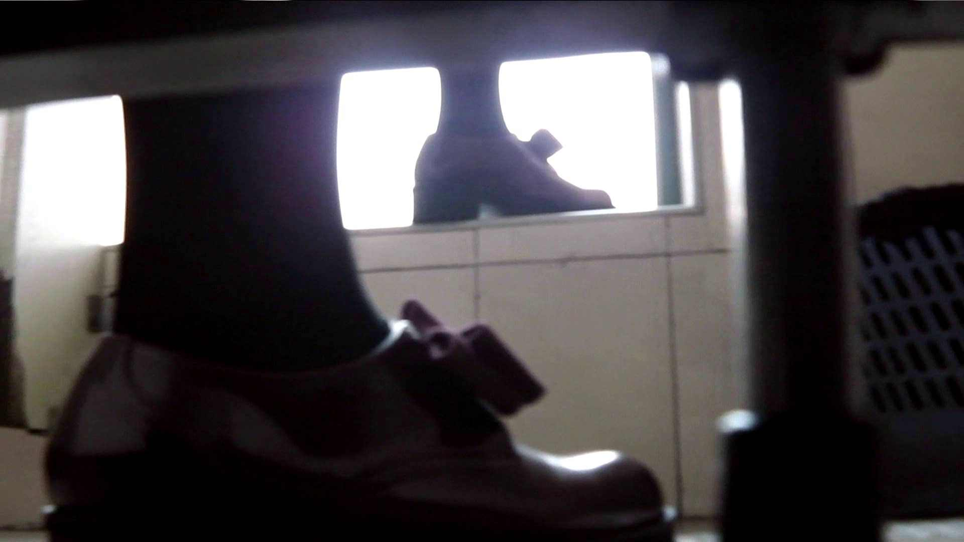 【世界の射窓から】世界の射窓から vol.3前編 OLエロ画像   洗面所  55PICs 25