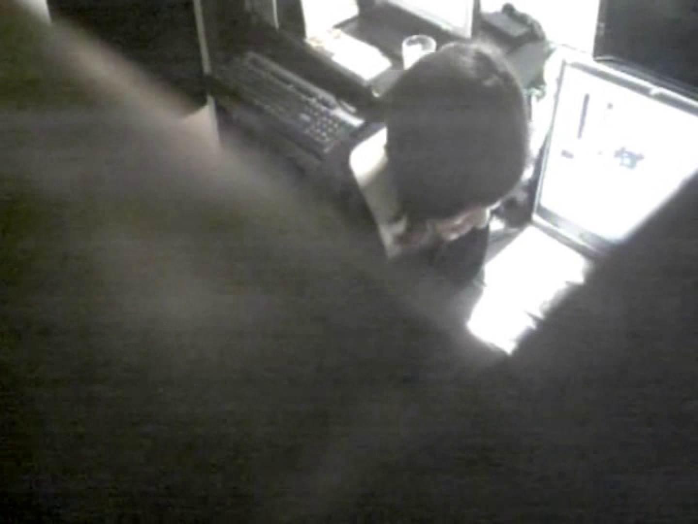インターネットカフェの中で起こっている出来事 vol.011 OLエロ画像 盗撮戯れ無修正画像 113PICs 41