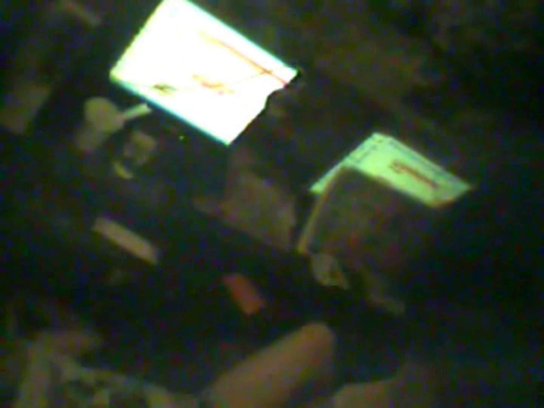 インターネットカフェの中で起こっている出来事 vol.016 OLエロ画像 盗撮おまんこ無修正動画無料 71PICs 17