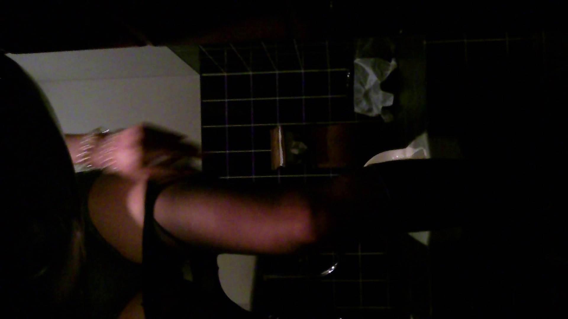 美女の集まる飲み屋洗面所 vol.04 美女エロ画像  52PICs 36