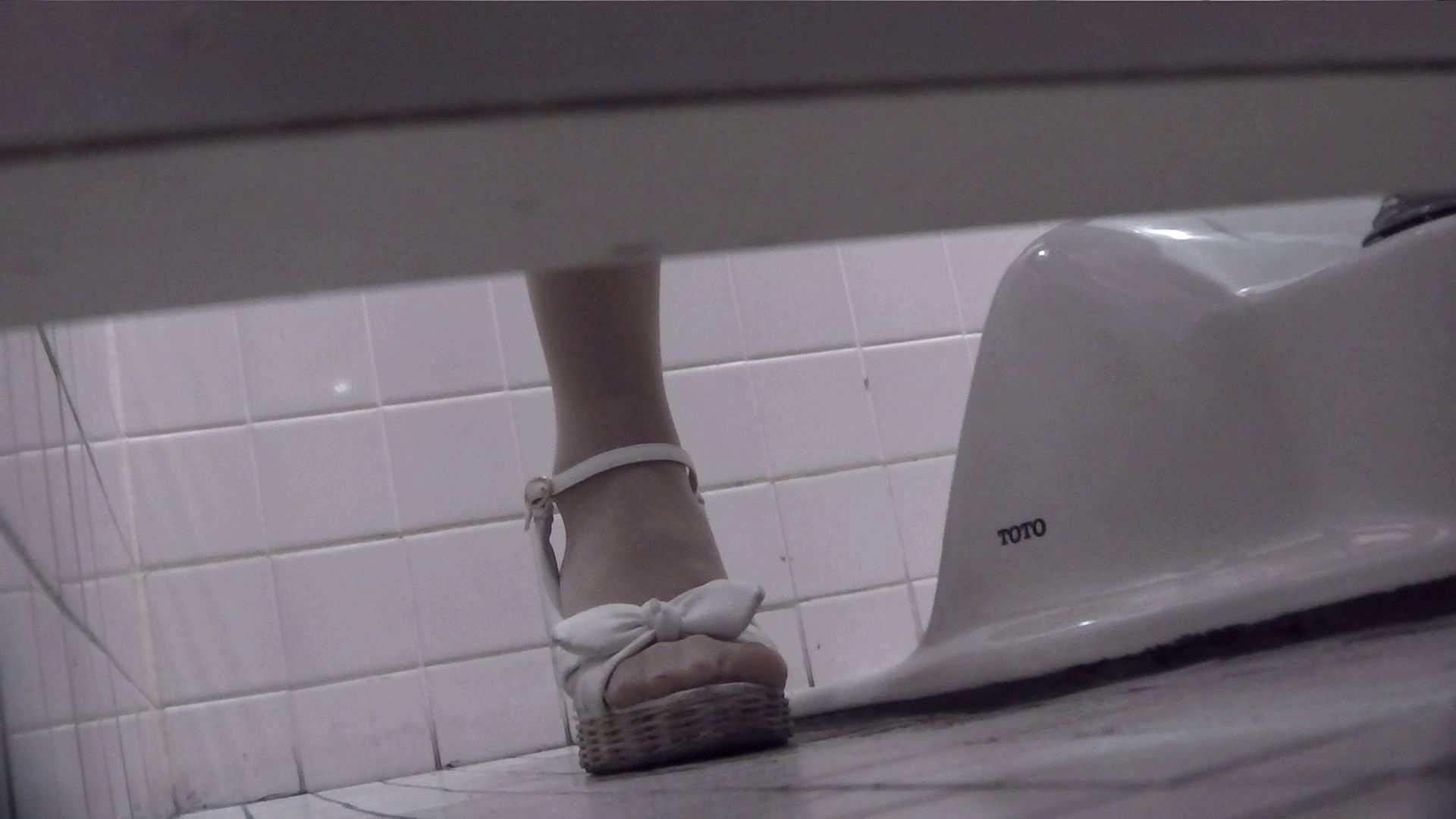 vol.06 命がけ潜伏洗面所! ツン!とした子は割と几帳面? 洗面所 覗きオメコ動画キャプチャ 99PICs 30