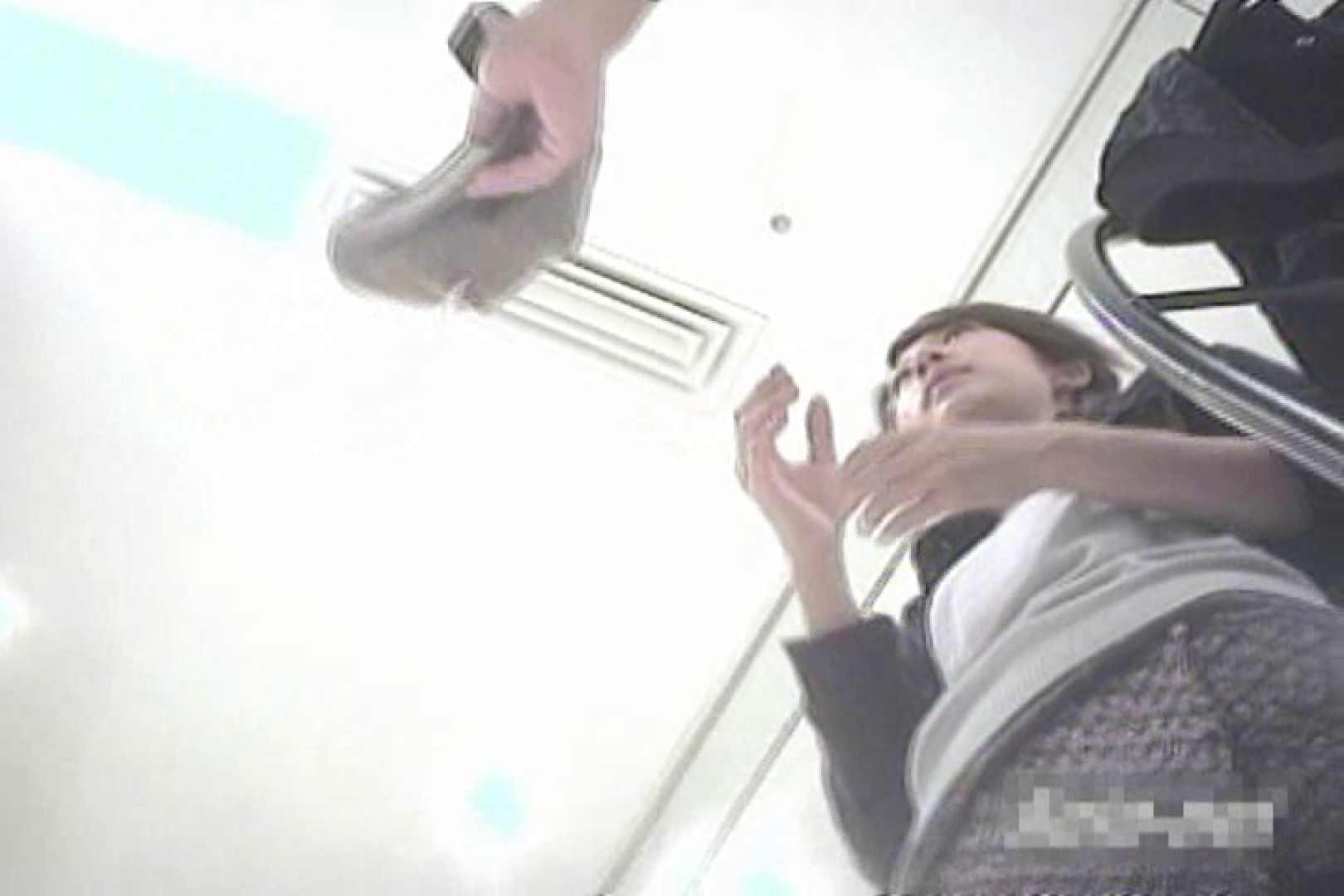 デパートローアングル徘徊 靴カメ盗撮Vol.12 OLエロ画像 | 盗撮  68PICs 17
